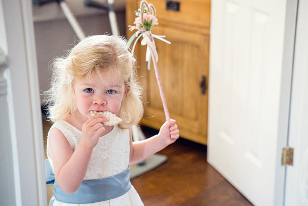Flower girl wand with fresh flowers