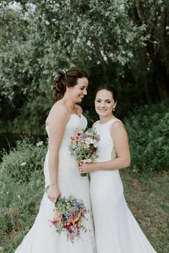Bright bridal flower bouquets