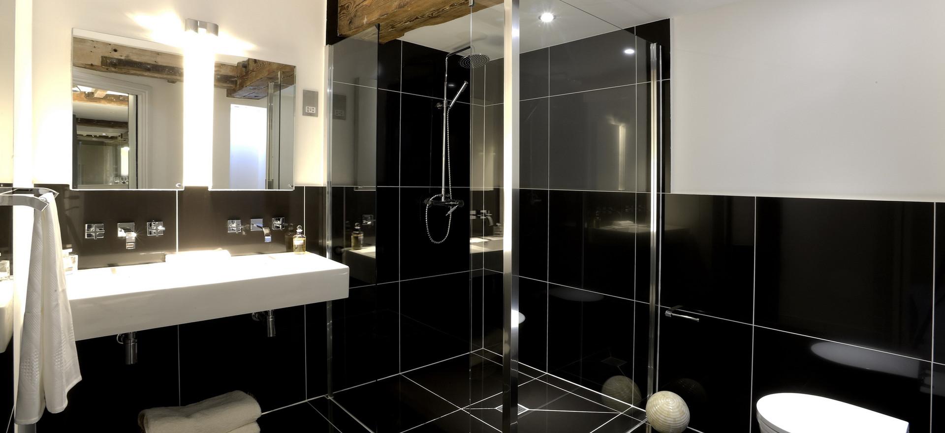 Luxury Ensuite Shower-room