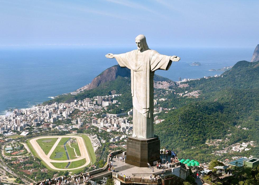 BrasilCorcovadoStatue.jpg