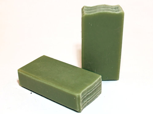 Weedy Greens Plantain and Jewelweed Soap