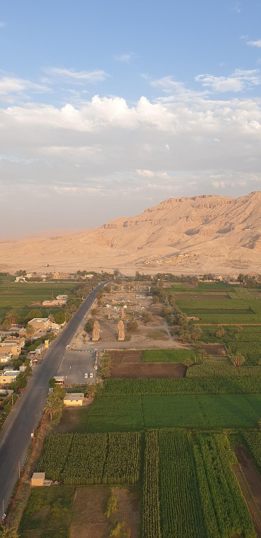 les colosses de Memnon et Vallée des rois tous droits Saygeomancie