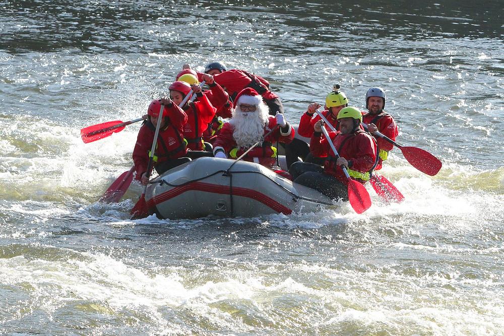 Pai Natal vai fazer Rafting em Melgaço | Peneda Gerês TV