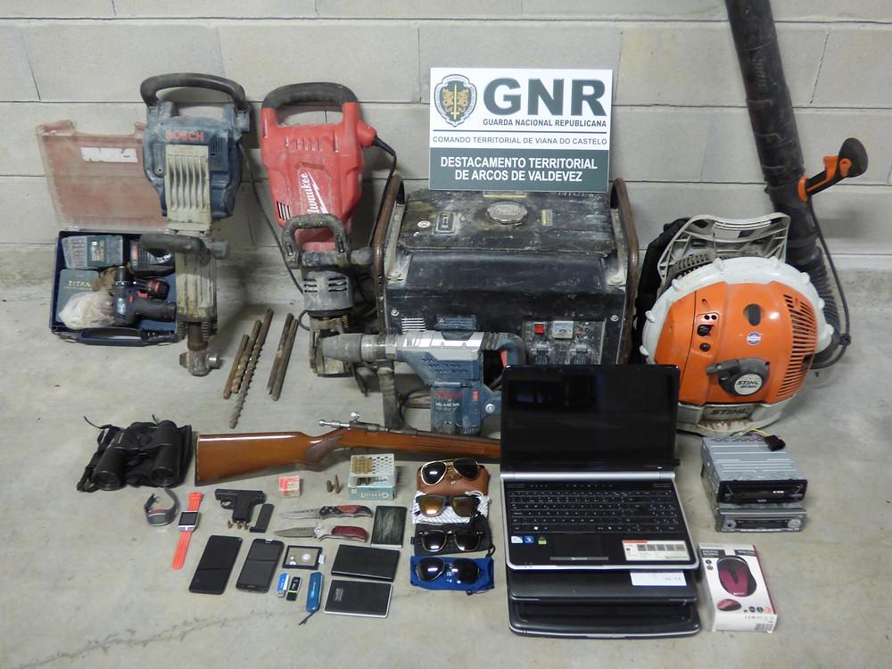 Arcos de Valdevez – Detidos dois homens e recuperado material furtado