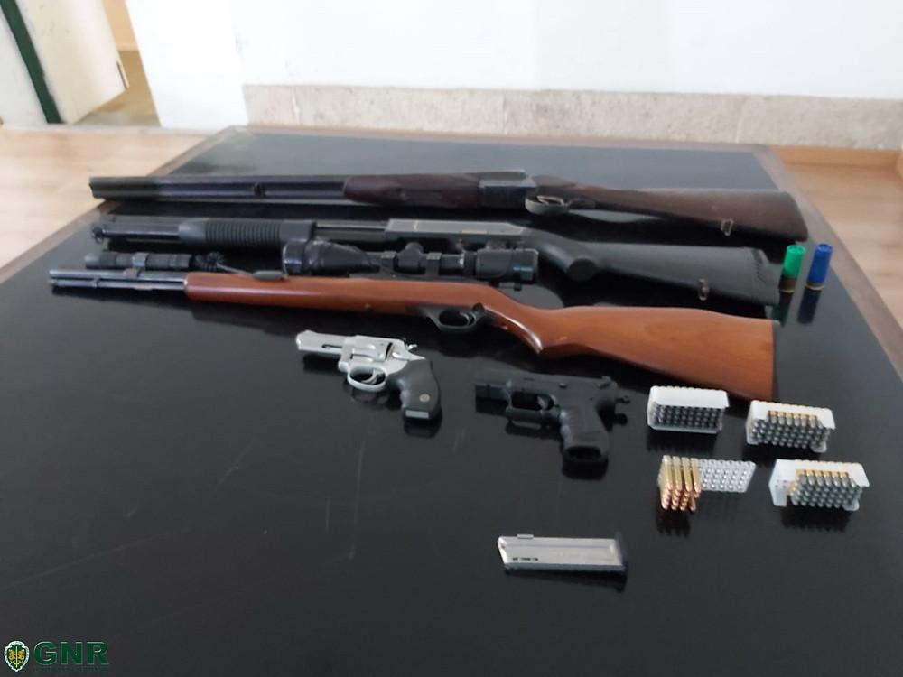 GNR da Póvoa de Lanhoso apreende cinco armas de fogo | Peneda Gerês TV