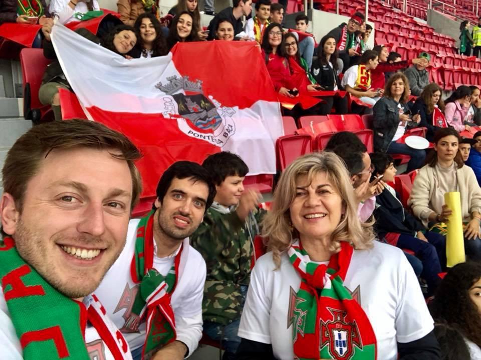 Município Ponte da Barca foi ao jogo da Seleção Nacional com 42 Alunos do Agrupamento de Escolas | Peneda Gerês TV