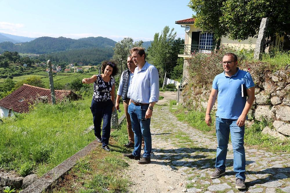 Presidente da Câmara visita freguesia de Paço Vedro de Magalhães   Peneda Gerês TV