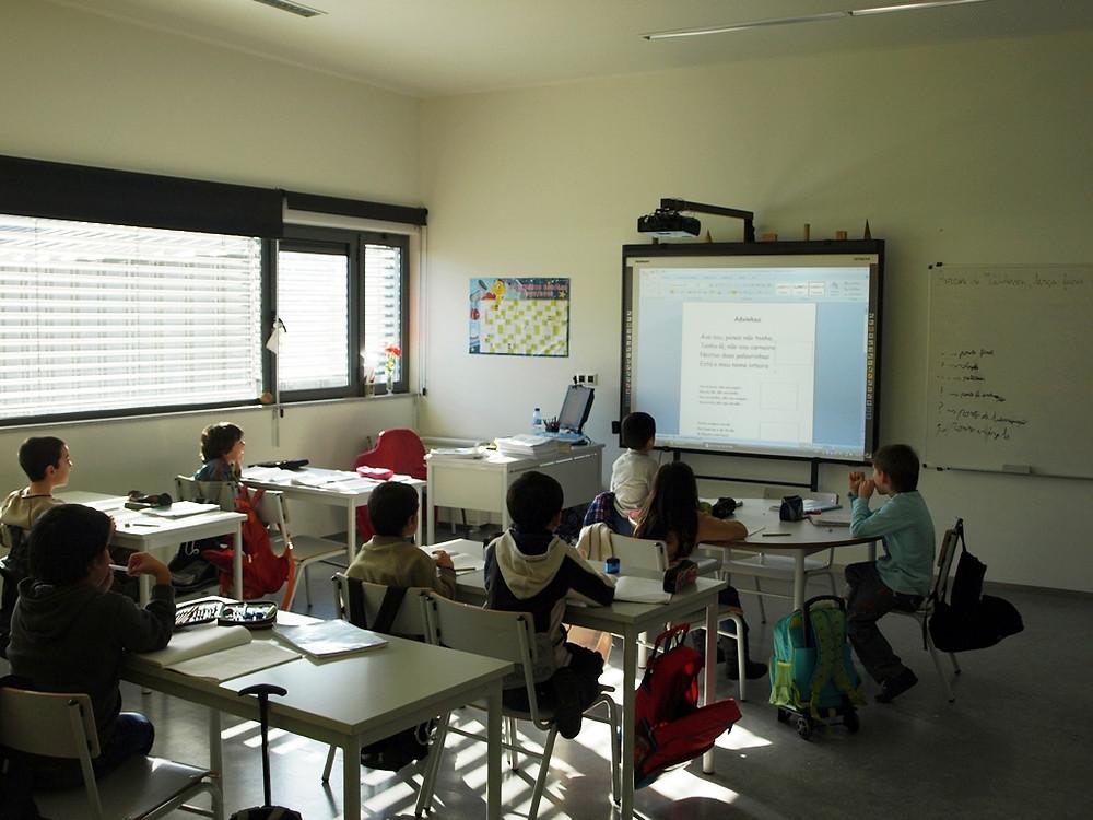 Arcos de Valdevez investe mais de 400 mil euros na promoção do sucesso escolar   Peneda Gerês TV