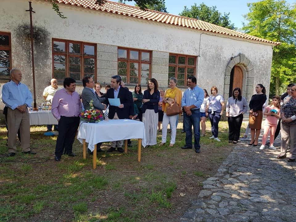 Câmara Municipal Arcuense apoia beneficiação do edifício da antiga escola primária de Salgueiral   Peneda Gerês TV