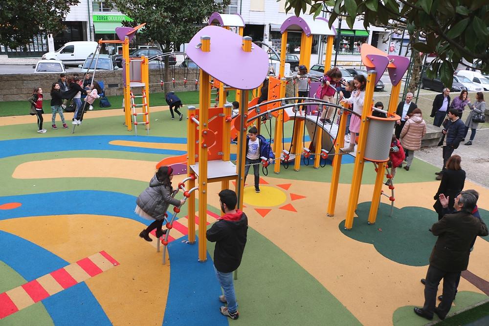 Parque Infantil da Praceta do Rio Vez | Peneda Gerês TV