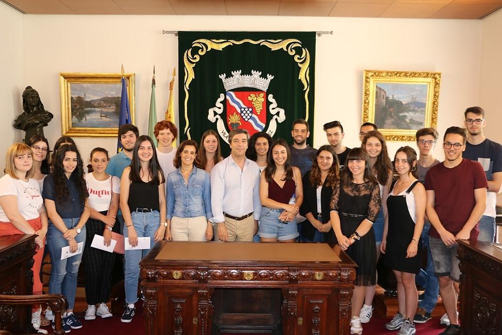 Câmara Municipal entregou 22 Bolsas de Estudo a estudantes do ensino superior | Peneda Gerês TV