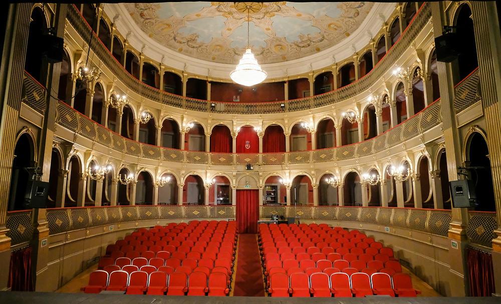 Teatro Municipal Sá de Miranda assinala 135 anos ao serviço da região