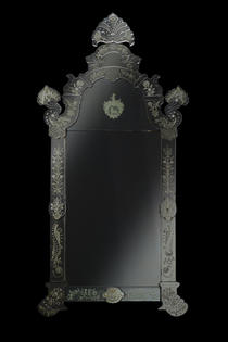 Großer Spiegel aus der kurmainzischen Spiegel-manufaktur
