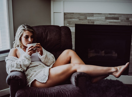What to Wear: 15 Boudoir Photography Outfit Ideas