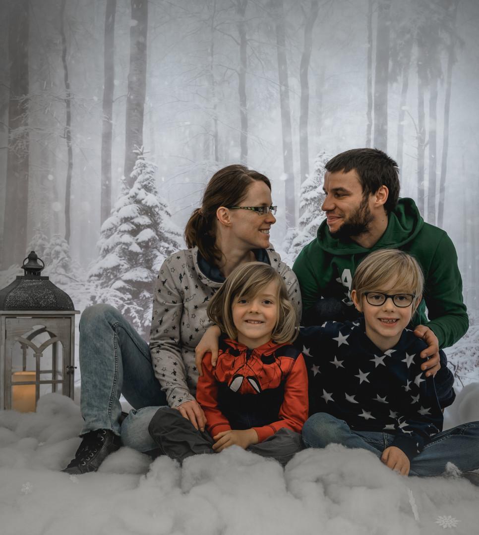 Familienfoto Winterwald