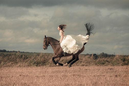 Iska Photo Bridal Photography.jpg