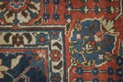 Koeiesteyn-antiek-perzisch-tapijt