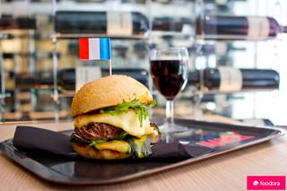 KING MARCEL 01_Joy Forgas Deplanche Photographe_culinaire_foodora_burger_paris.jpg
