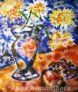 Хризантемы и виноград