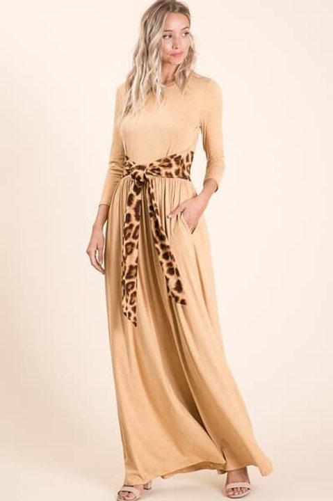 Maxi dress with leopard belt