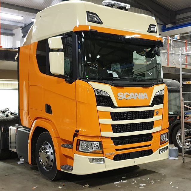 SCANIA FULL CAB WRAP