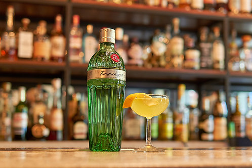 Oleo by Tanqueray