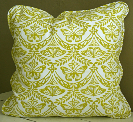 "Elizabeth Pillow 18"" x 18"""