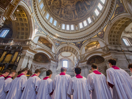 Schola sing at St Paul's Cathedral