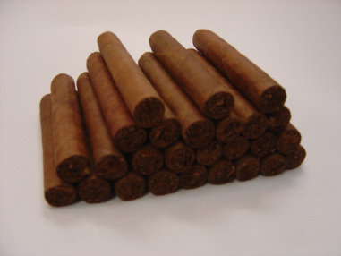 SPECIAL - 25 Freshly Hand-Rolled Cigars for $100