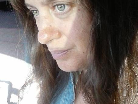 Συνέντευξη με την οικονομολόγο και συγγραφέα, Κατερίνα Μέτσιου
