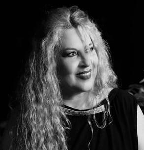 """Συνέντευξη της Μαρίας Κατινάρη για τη μουσική παράσταση""""Μπαγλαμάδες και μπουζούκια"""""""