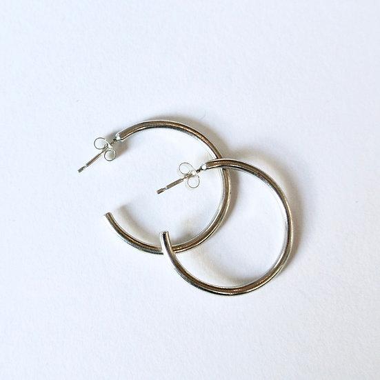 The Fundamental Hoop Earrings