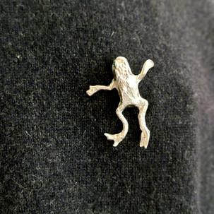 B1.1 Frog .jpg