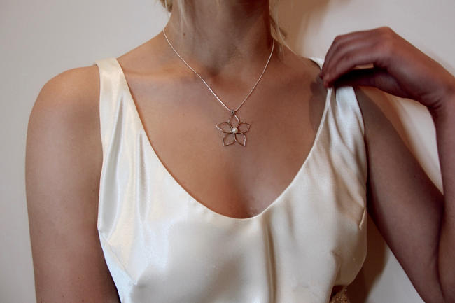 Bridal Flower Necklace