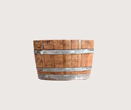 חצי חבית יין לשתילה מלוטשת