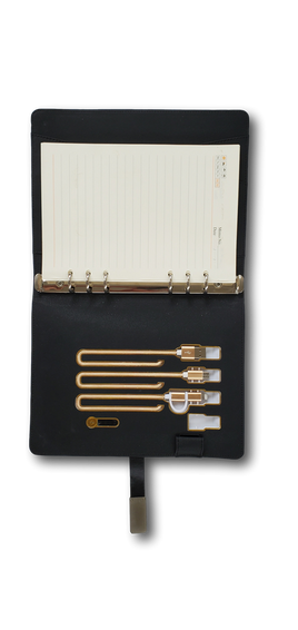Notebook with wireless charger