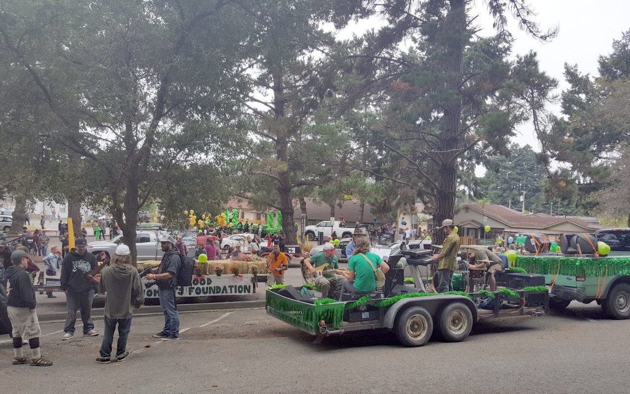The Yes We Cann parade floats got prepared to start at HSU.