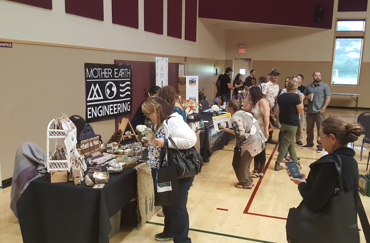 Mother Earth Engineering, Honey Bee Buzzed and Humboldt Patient Resource Center all had tables at this event.
