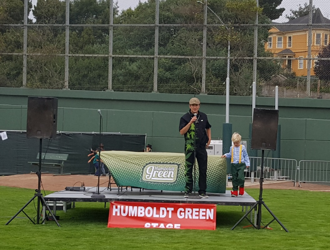 Humboldt Green founder Stephen Gieder welcomes the crowd on the Humboldt Green stage, where many Cannabis Inspirational stories were shared from several speakers.