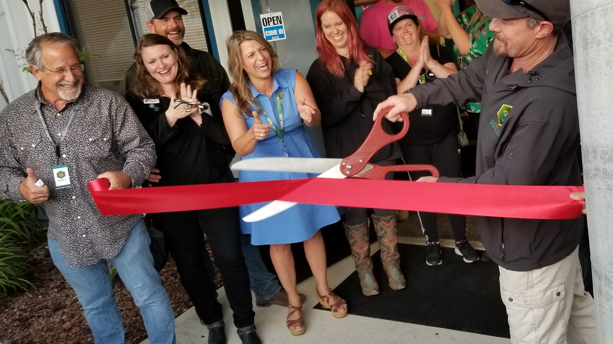 The True Humboldt crew cuts the ribbon on their new facility in Arcata.