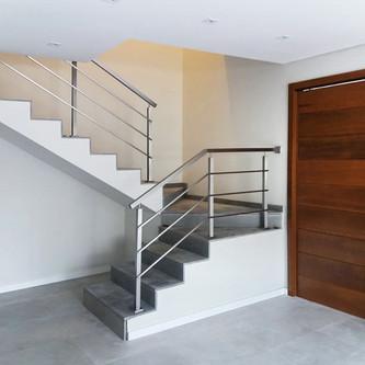Guarda corpo em aço inox para escada