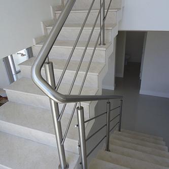 Guarda corpo para escada em aço inox
