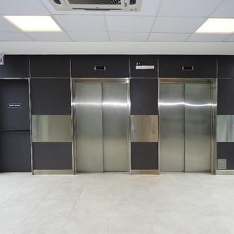 Revestimento de elevador em aço inox