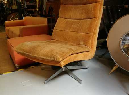 Stylish Lounge Chair Project