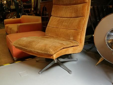 Stylish Lounge Chair Project
