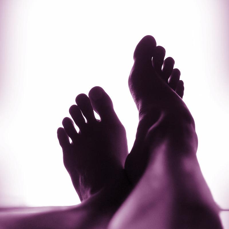 Feet (Sirens)
