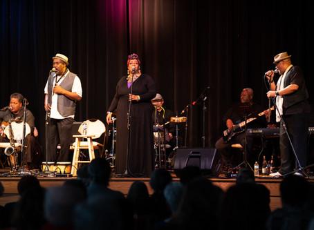 Jamming Jean Audience Jives with Lynne Jordan