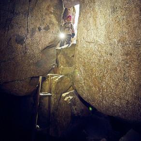 Hiitteenkallion luola, Nakkila