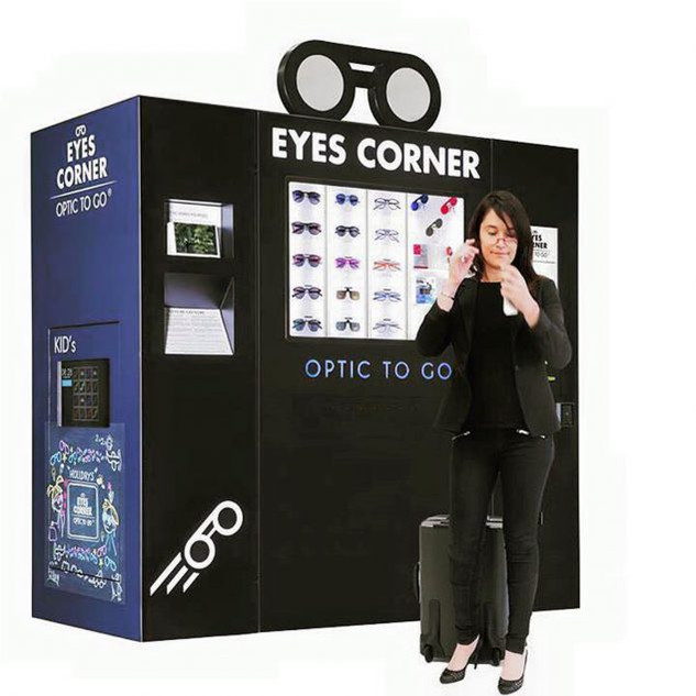 eyes corner + amnre.jpg