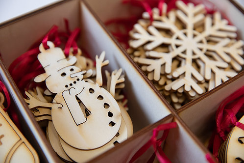 Wooden Christmas Snowman tree decorations